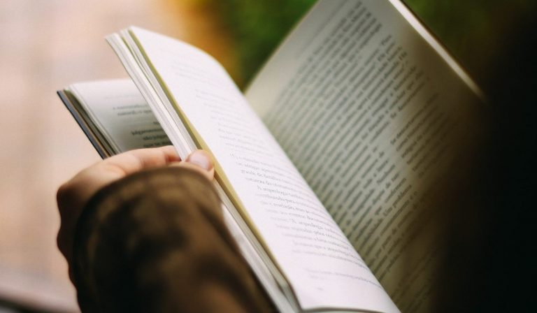 Leer - visitar biblioteca - inspiracion - creativa